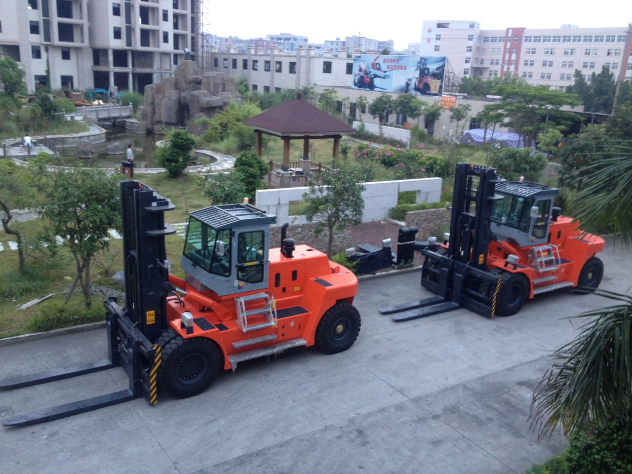 HNF-250 Full Free Mast Diesel Forklift-Using in Ship
