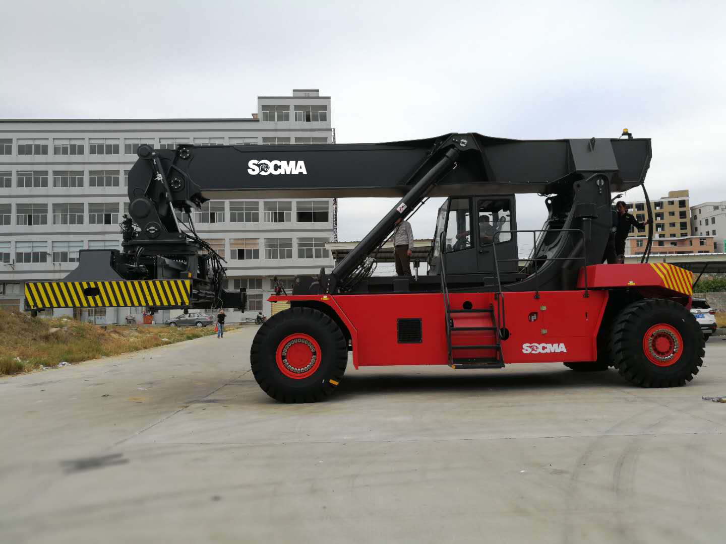 SOCMA 45 TON Container Reach Stacker